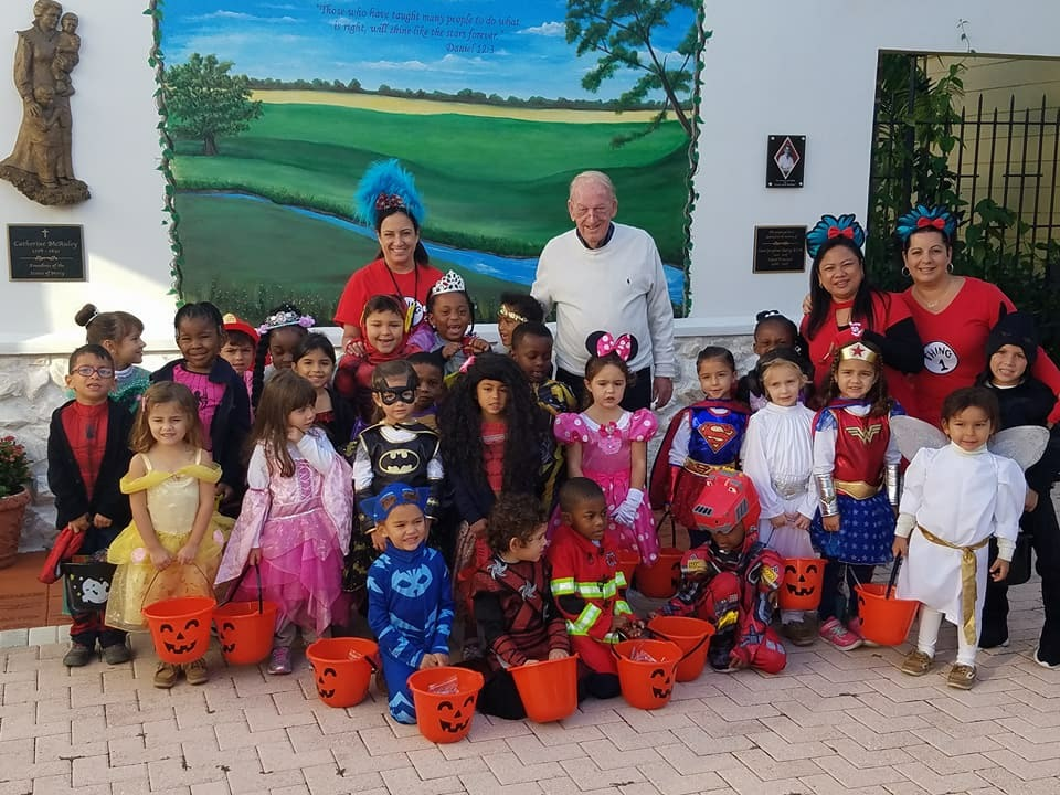 Annunciation Early Childhood Pre-k and K students trick-or-treating
